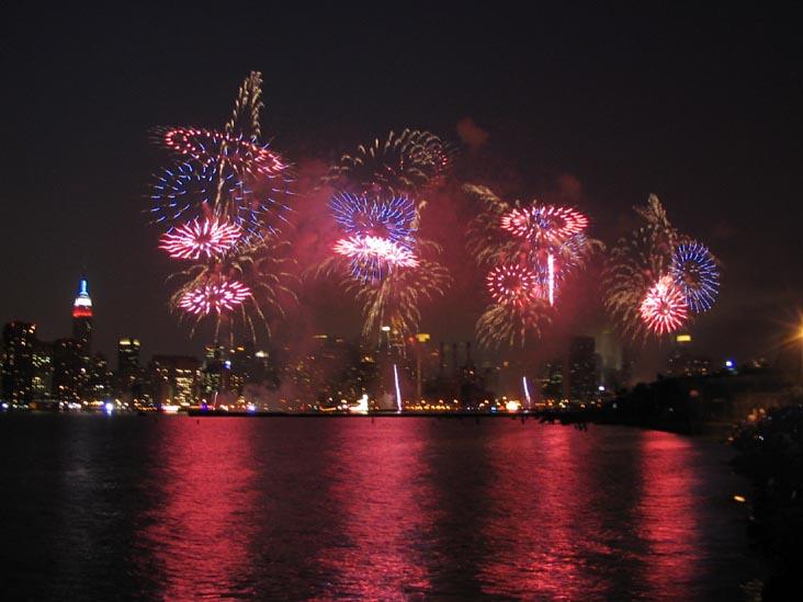 nyc fireworks via jinners.com blog